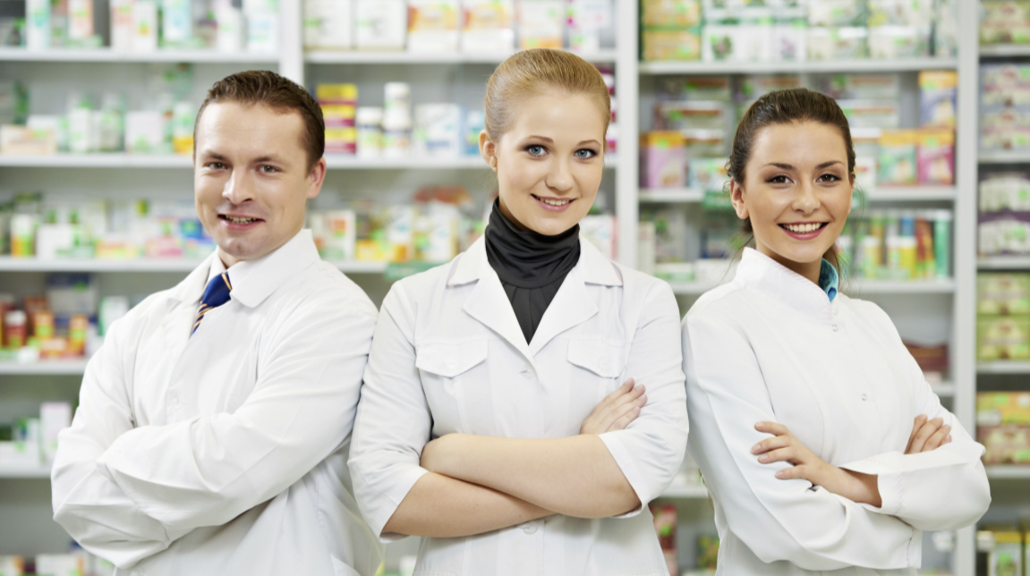 Multiple Pharmacists in Retail Practice Setting